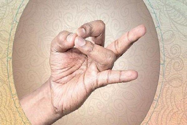 Po staroj kineskoj legendi: Trik sa prstima reći će vam KO ĆE BITI SA VAMA DO KRAJA ŽIVOTA